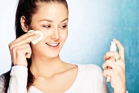 چگونه می توان یک تونر طبیعی برای مراقبت از پوست خود تهیه کرد؟